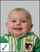 pasfoto baby - geen normale uitdrukking is toegestaan